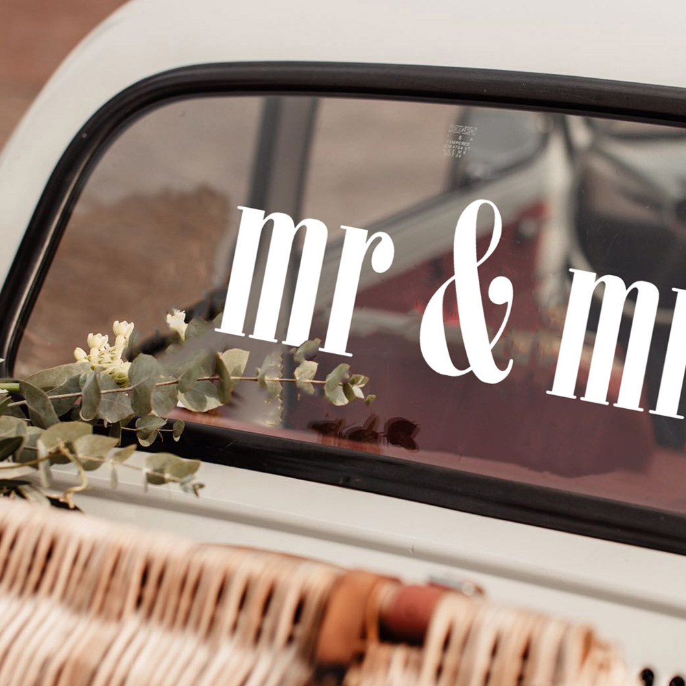 Font 4 Mr and Mrs square