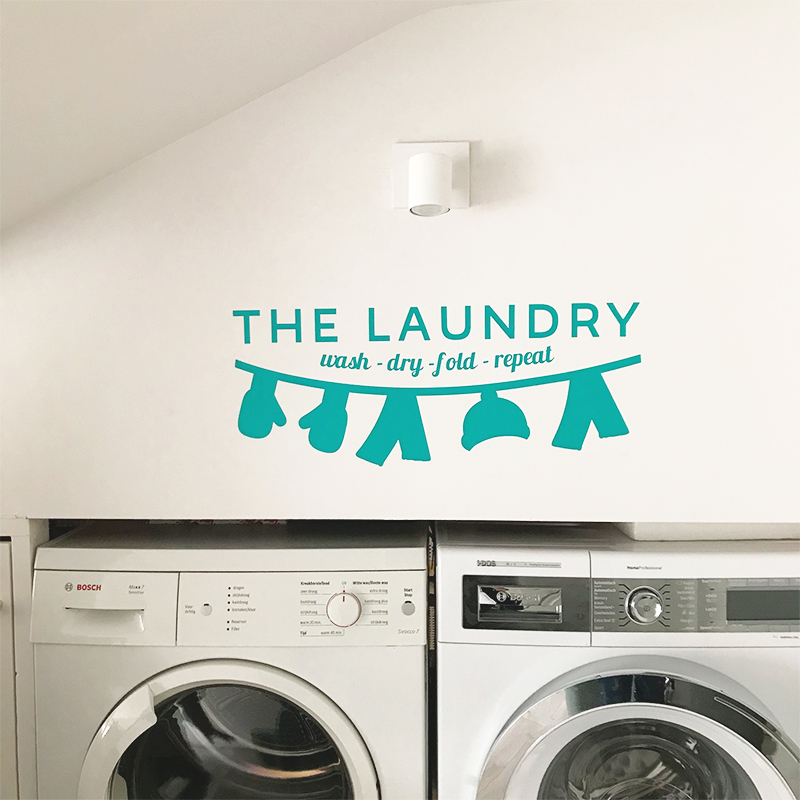 Laundry with washing line turquoise 3